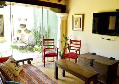 hotel-boutique-lacasona-estar_comedor-suite-master